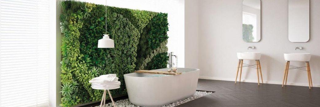 Kąpiel wśród zieleni. Łazienka z egzotycznym dekorem
