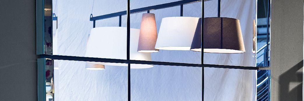 Lustro jako sposób na powiększenie przestrzeni w domu