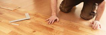 Jak naprawić skrzypiącą podłogę?
