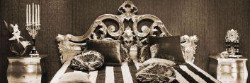 Wysoki połysk, kryształowe żyrandole i puszyste dywany