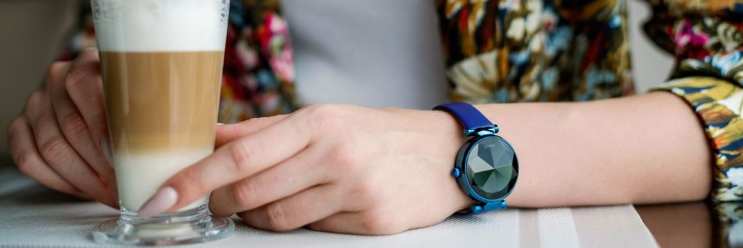 Lisa – smartwatch w kobiecym stylu