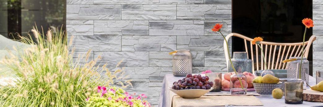 Kamień dekoracyjny na ściany czy elewacje? Poznaj zalety materiału i sposób układania