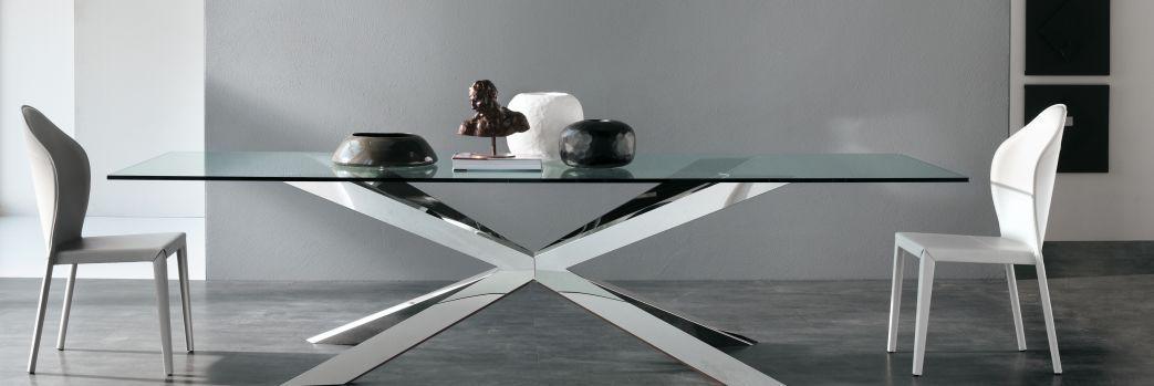 Stół – design w jadalni