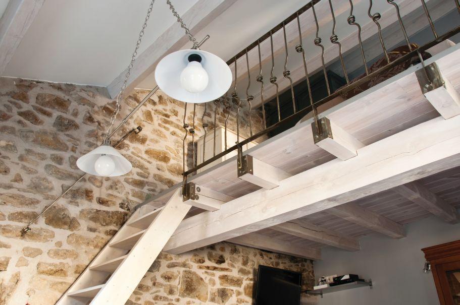 antresola adaptacja wysokiego pomieszczenia livingroom24. Black Bedroom Furniture Sets. Home Design Ideas