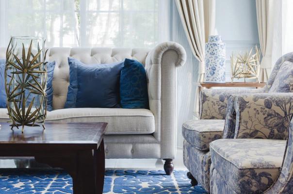niebieskie poduszki