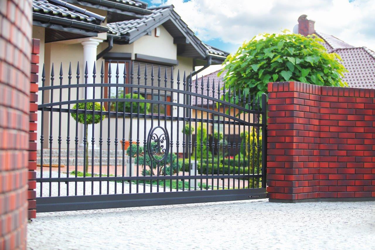 brama wjazdowa wiśniowski