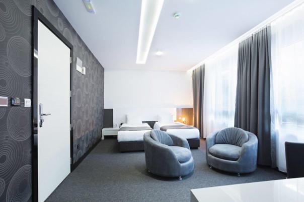 tekstylia w hotelach wymagania