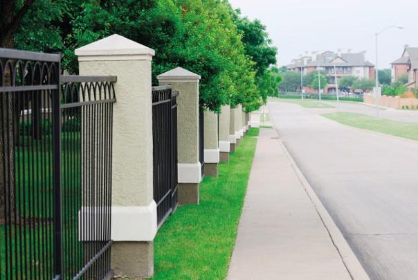 wysokość ogrodzenia prawo budowlane