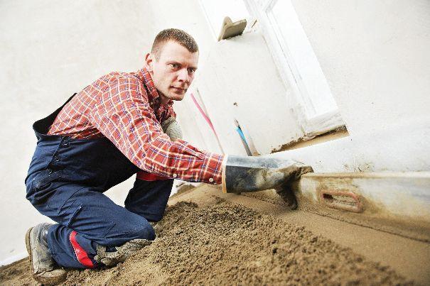 Beton jest stwardniałą mieszanką cementu, kruszywa oraz wody i domieszek.